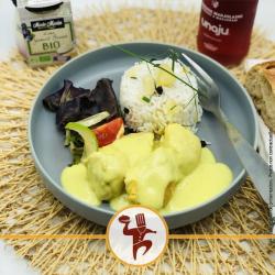 Curry de poulet, lait de coco et riz madras